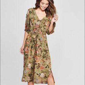 Woman's Floral Print Short Sleeve Cropped Jumpsuit